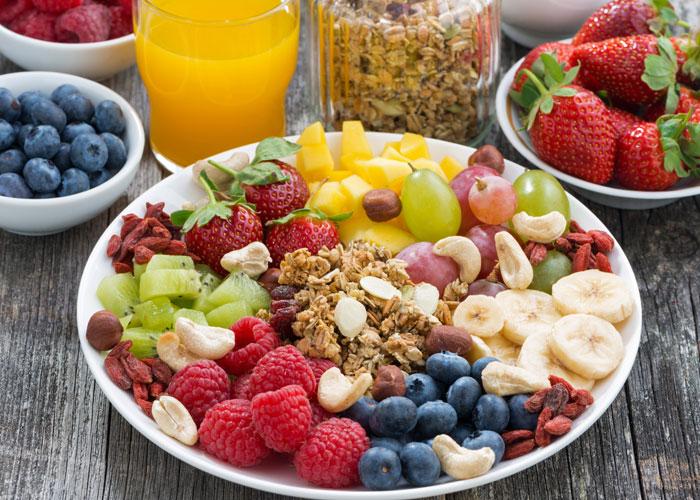 朝に果物を食べると良い理由