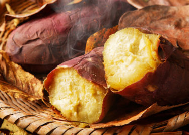 焼き芋を再加熱すると美味しく食べれる!温め方を解説