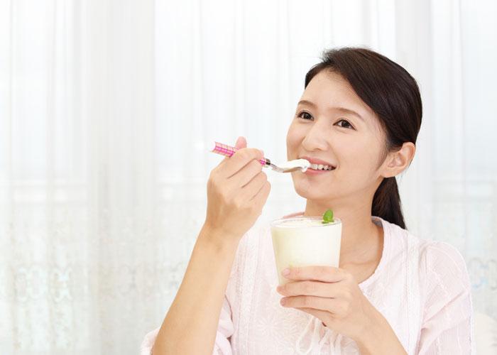 ヨーグルト食べるなら朝と夜どっちがいいの?